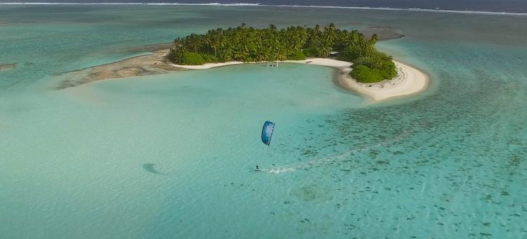 Zephyr Kite Tours, Blue flat water kitesurfing